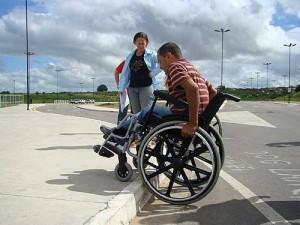 Precária acessibilidade