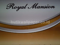 http://www.butikwallpaper.com/2013/05/wallpaper-royal-mansion.html