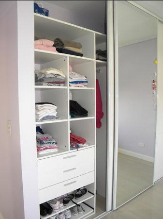 Amoblamiento integral para el hogar muebles para guardar for Muebles para toallas