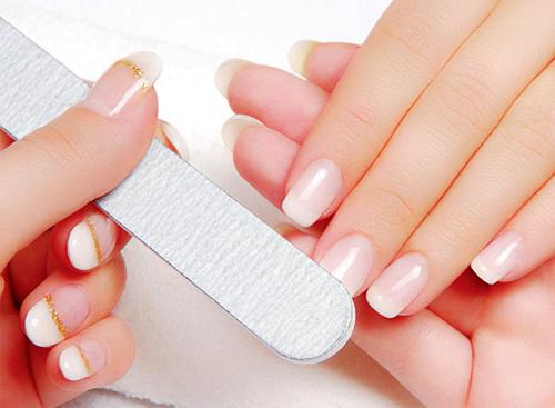 Phương pháp tự nhiên giúp móng tay nhanh dài theo ý muốn