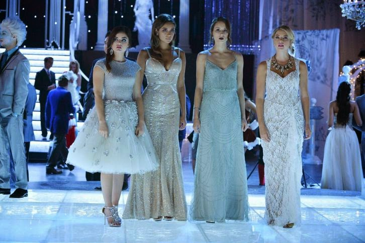 Pretty Little Liars - How the A Stole Christmas - Review