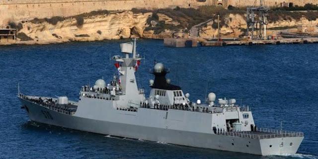 Salah satu kapal Angkatan Laut Tiongkok