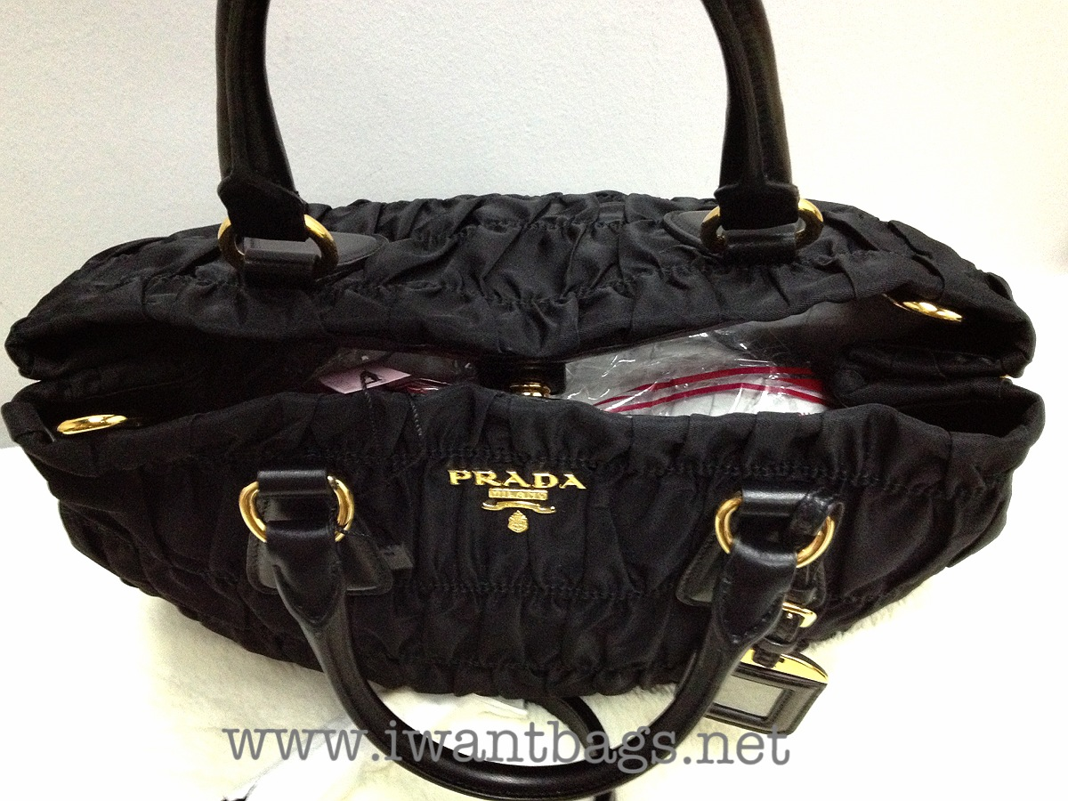 prada fringe bag replica - Prada Tessuto Gaufre Tote B1789M -Black (Nero)