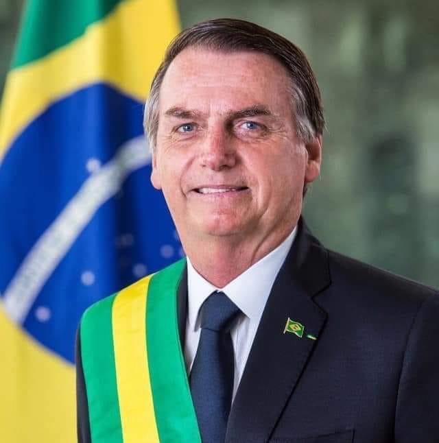 Deus acima de tudo. O Brasil acima de todos.