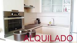 Piso de dos dormitorios en alquiler en Zalaeta, garaje. 650€
