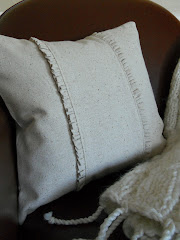 Simple Ruffled Pillow Instructions