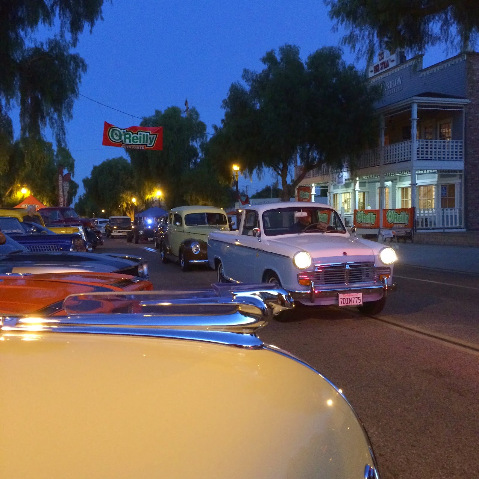 Covering Classic Cars : October 2014