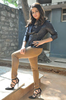 Actress Wamiqa latest glam pics 032.jpg