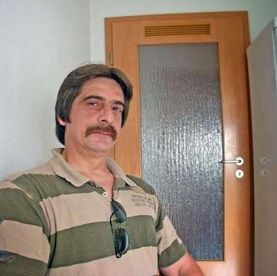 http://4.bp.blogspot.com/-RFuuLQ225LE/UwIaMDOazdI/AAAAAAAALYc/daUOgp_5vsY/s1600/politicofotografia%5B1%5DII.jpg
