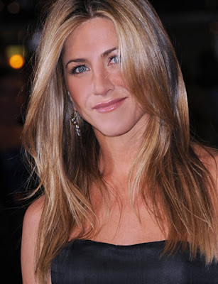 Jennifer Aniston Smiling Wallpaper