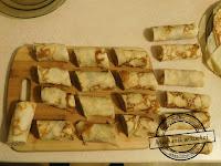 Świąteczne krokiety z kapustą, grzybami i mięsem, do barszczu Krokiety z serem, pieczarkami i kapustą  pieczarkowo mięsno kapuściane · krokiety z mięsem · Krokiety z mięsem mielonym, pieczarkami i ogórkiem kiszonym