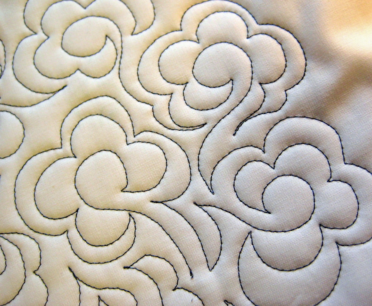 free motion quilting scroll flower