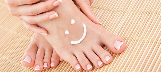 El tratamiento del hongo de las uñas por el nitrógeno líquido
