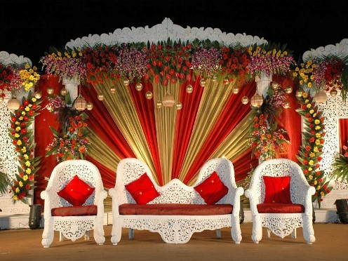 indian wedding stage decoration photos shaadi. Black Bedroom Furniture Sets. Home Design Ideas