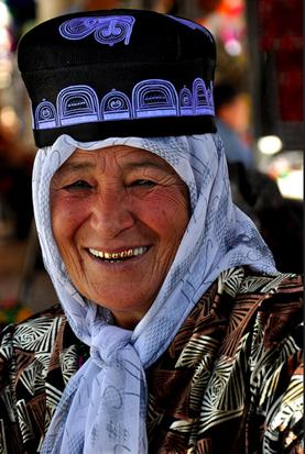 uzbekistan tours, uzbek art craft textile tours, filmas about uzbekistan
