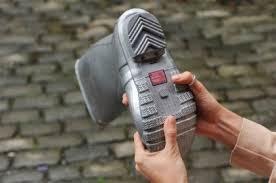 teknologi sepatu telepon
