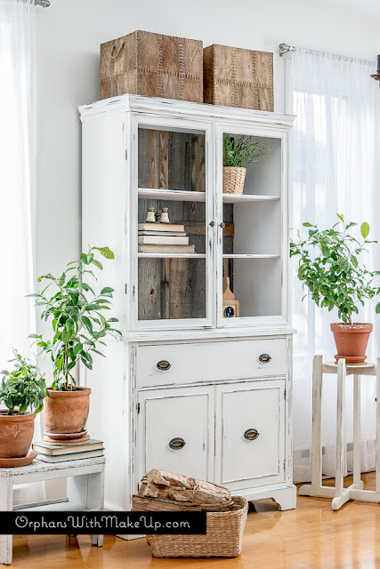 faux wood china cabinet makeover - featured at KnickofTime.net