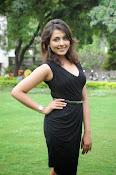 Madhu Shalini glam pics-thumbnail-15