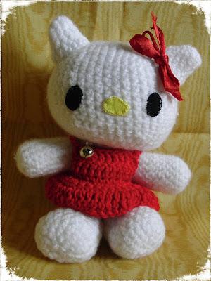 Amigurumi Borsette Uncinetto : CreaCriCri: Hello Kitty per MARIA