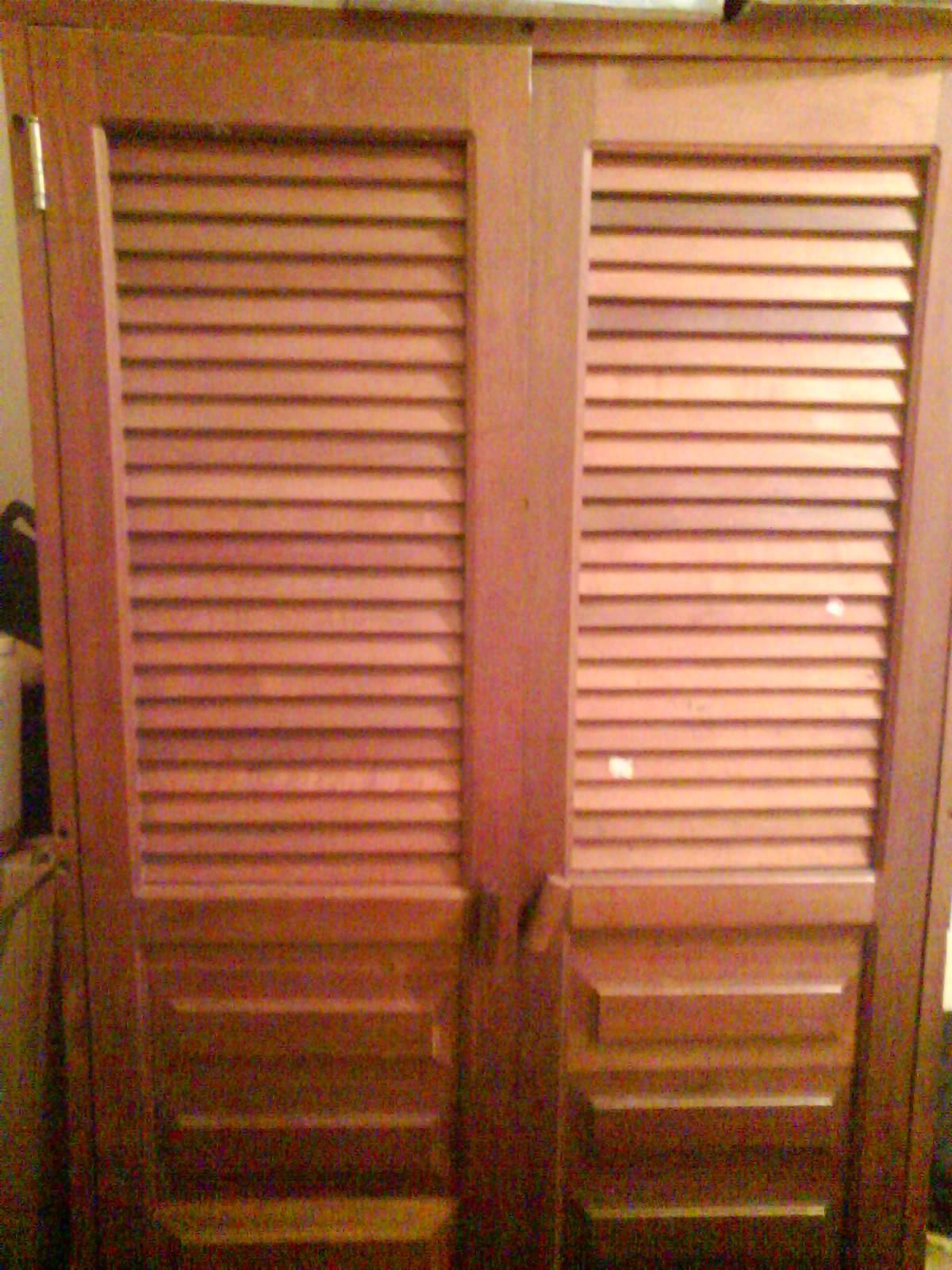 Nuevas propuestas closet de madera for Closets finos madera