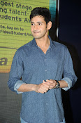 Mahesh Babu At Idea Student Awards-thumbnail-15