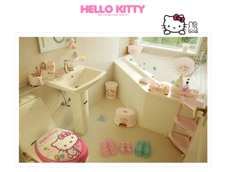 five red apples the hello kitty i an english kitty toilet. Black Bedroom Furniture Sets. Home Design Ideas