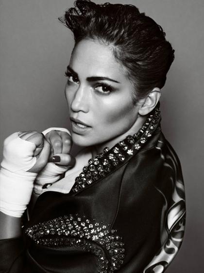 Jennifer Lopez boxeuse sexy pour V Magazine