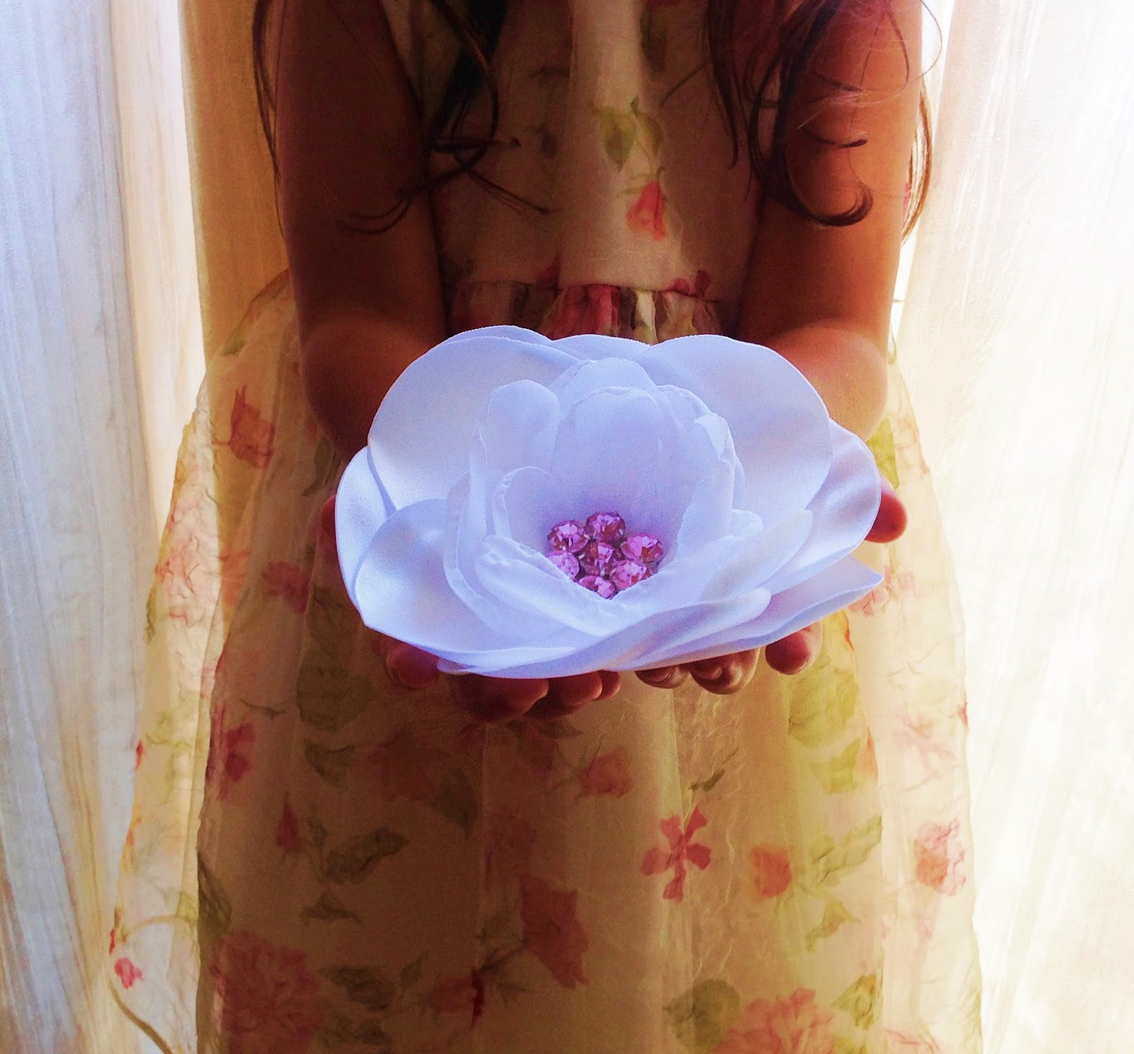 Big fabric flower brides dress