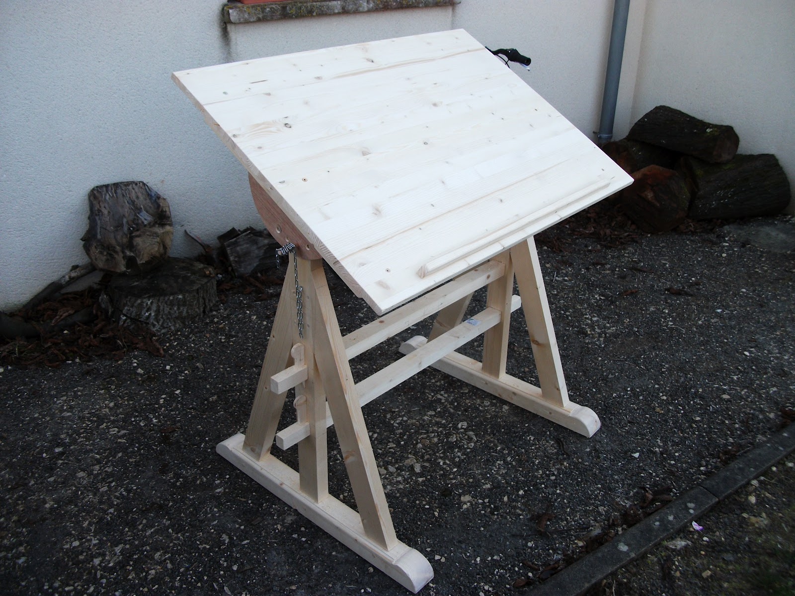 bois de plume table a dessin