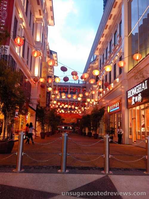 Lucky Chinatown Mall in Binondo, Manila