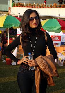 Celebrities Actors Actress Pictures Mumbai Heroes Vs Kerala Strikers Match Pictures at CCL 5  5009.jpg