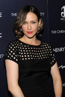 Short hairstyle Inspiration From Celebrity Vera Farmiga