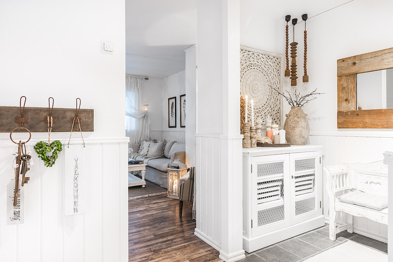 Arredare piccoli spazi una meraviglia shabby chic in 49 for Idee arredamento spazi piccoli
