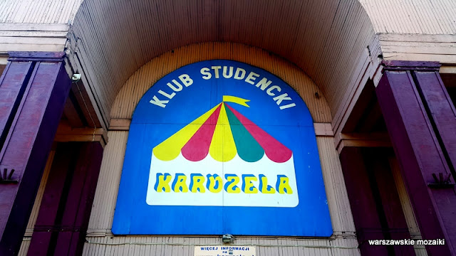 Klub Karuzela Warszawa Bemowo Jelonki drewniane domy osiedle studenckie budowniczowie pałacu kultury miasteczko studenckie drewniaki Konarskiego