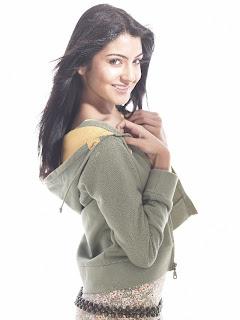 Anushka sharma looking beautiful