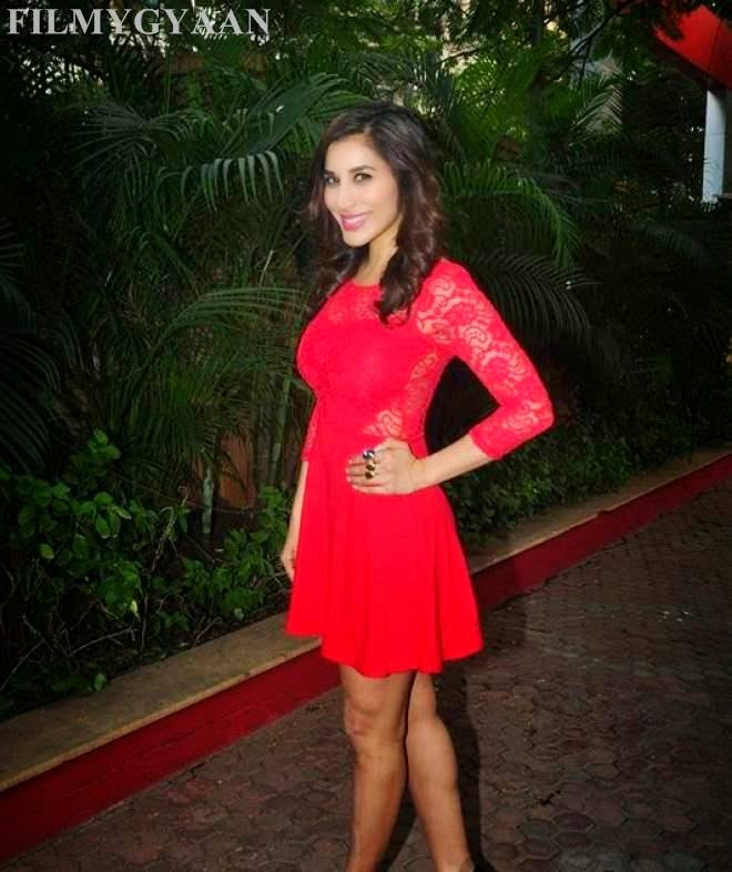 images of sophie choudry