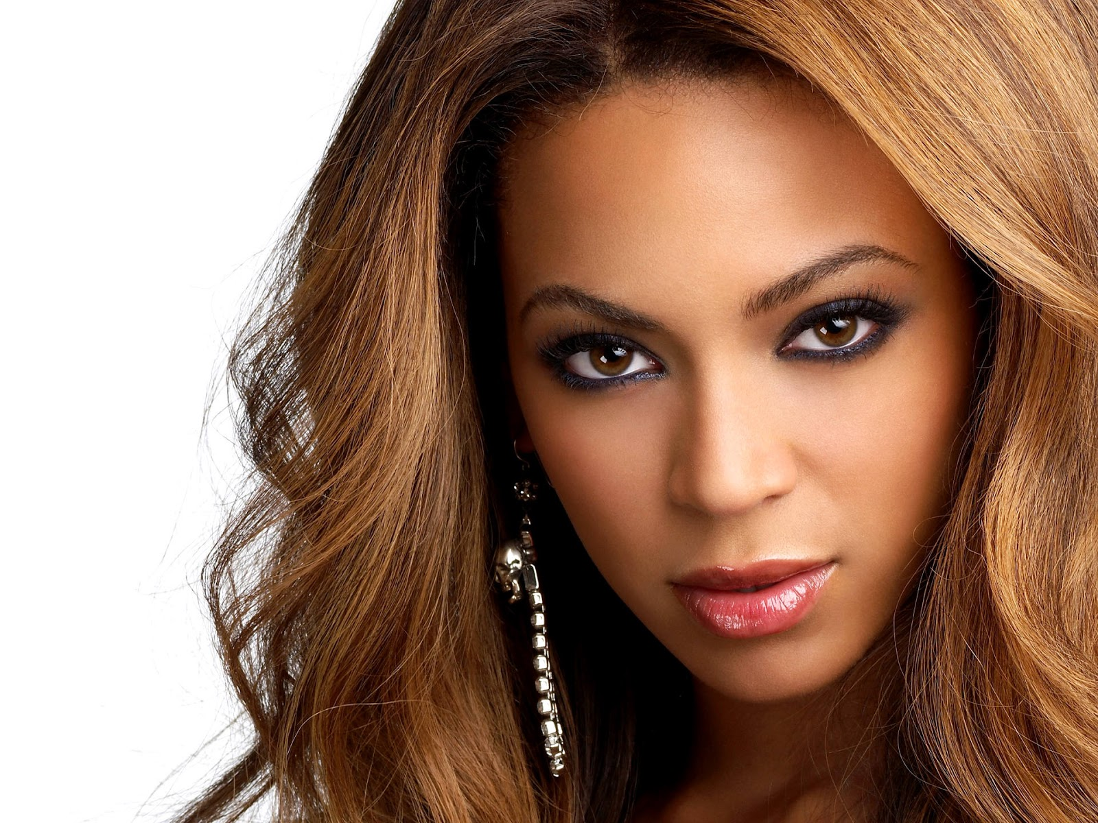 Beyonce Knowles Height Weight Body Statistics | Bollywood Vision