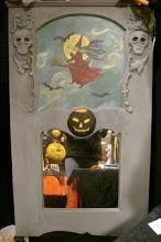 Halloween Trumeau