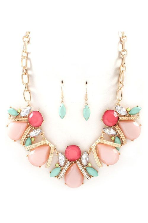 Maya Necklace in Blush