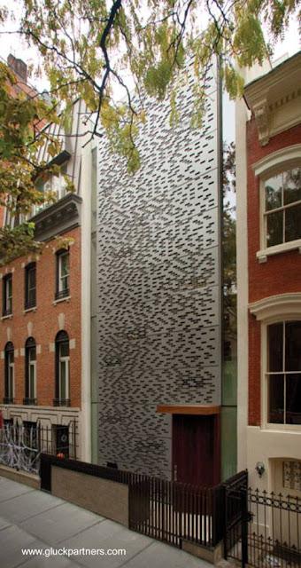 Casa urbana moderna entre medianeras en Nueva York