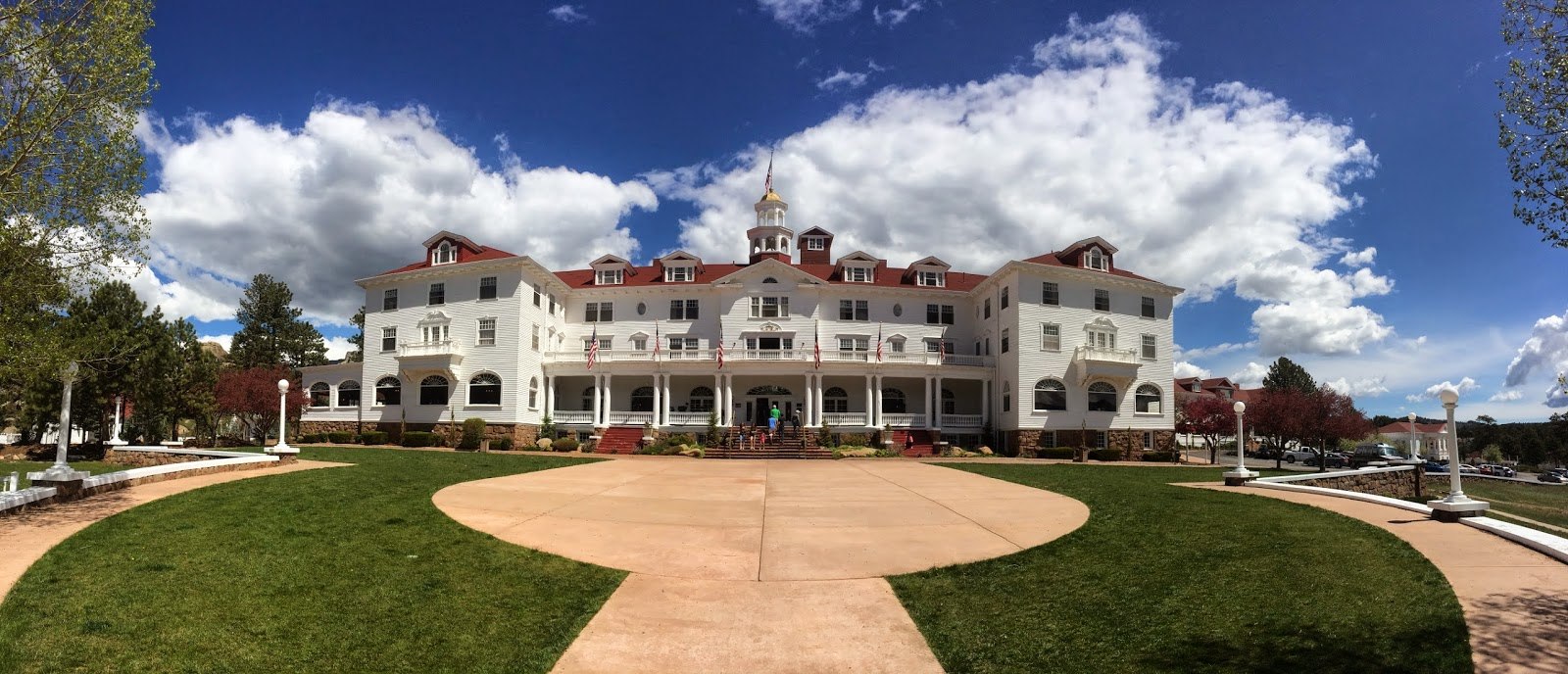 The Stanley Hotel in Estes Park Colorado by Jessica Mack aka SweetDivergence