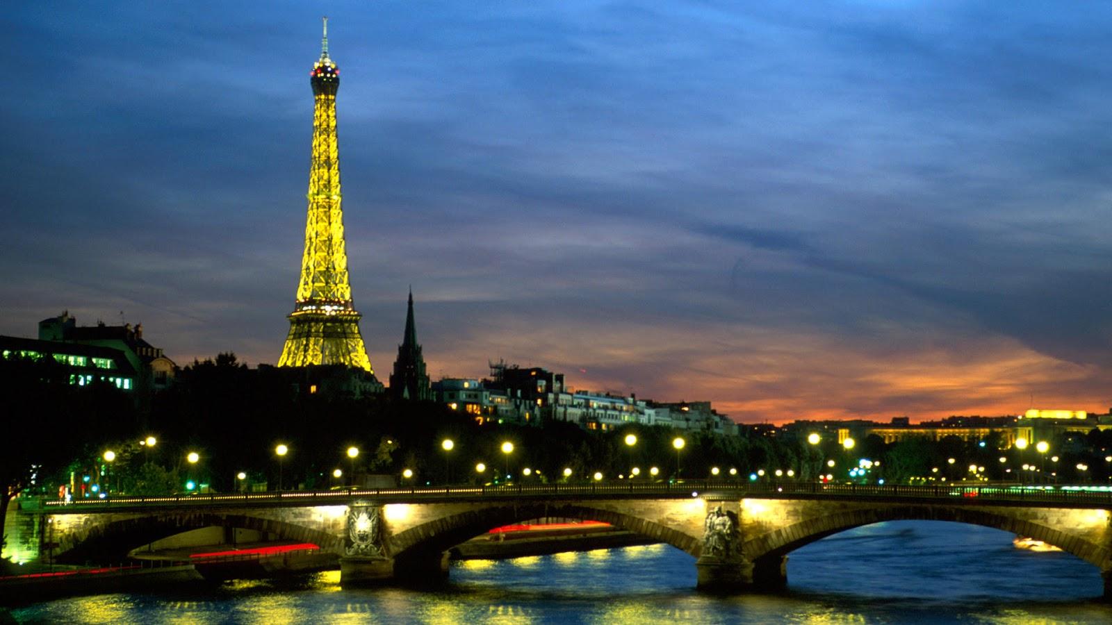 WALLPAPER ANDROID IPHONE Wallpaper Menara Eiffel Malam Hari