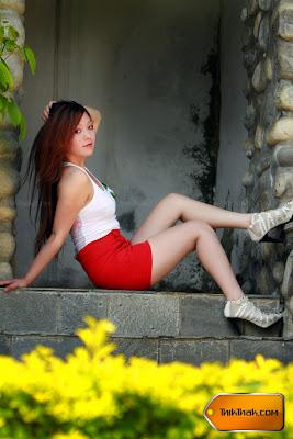 Top Hot Nepali Model Saya Gurung