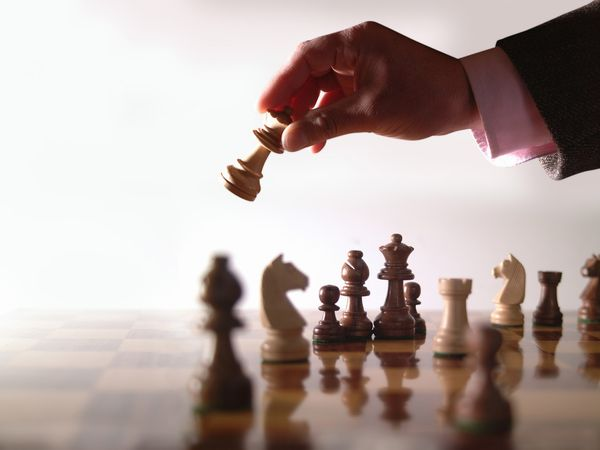 Kepemimpinan Kekuasaan Dan Politik Dalam Organisasi
