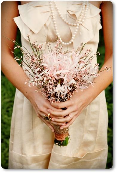 bukett ginst, rosa ginst, bukett ginst nerine, bukett nerine, rosa bukett, bouquet ginestra, bouquet nerines