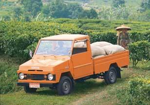 gambar mobil kijang