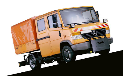 mercedes benz truck picture