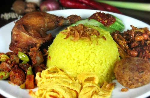 Resep Bikin Masakan Nasi Kuning dengan Rice Cooker | Ocim