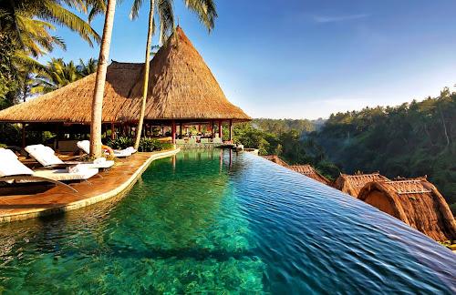 Piscina do Hotel Viceroy - Bali