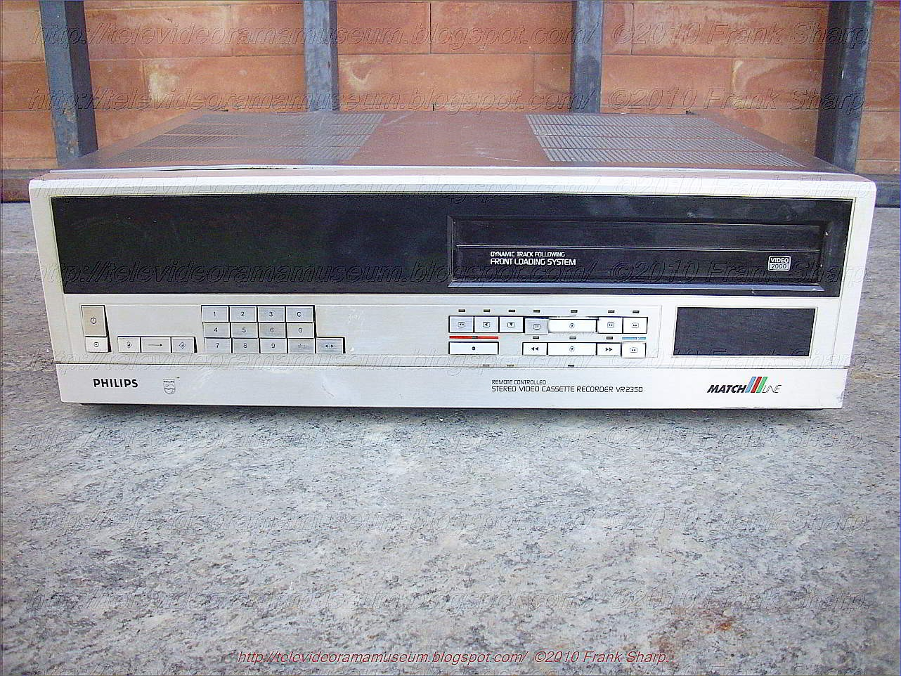 Tele Video Rama Museum !: PHILIPS VR2350 STEREO MATCH LINE YEAR 1983.